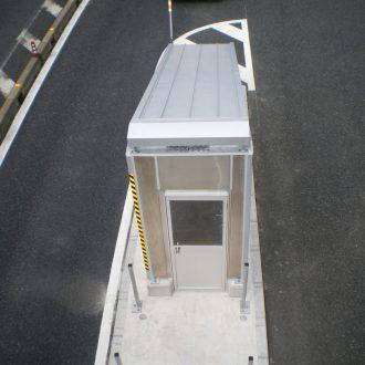 階段出入口屋根・パネル工事
